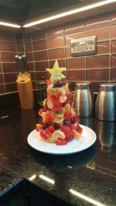 north-pole-breakfast-christmas-tree